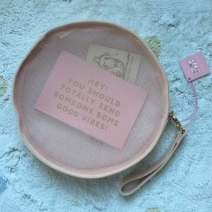 Ban.do NWT Seeing Things Circle Clutch Pale Pink